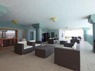 Ocean View Suite with Two Queen Beds, Hillsboro Beach