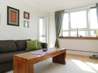 South Hampstead / St Johns Wood border 1 bed flat, Londen