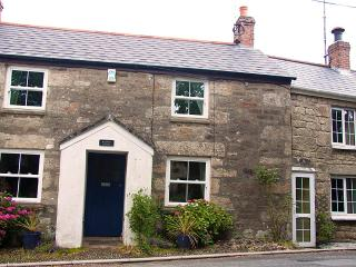 Woodbine Cottage- pretty 3 bed cottage with garden, St Hilary