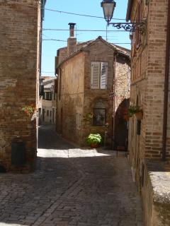 Narrow streets of Montedinove