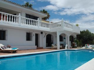 Luxury modern and private...Villa Las Vistas, Mijas