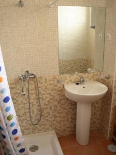Bathroom of the main room
