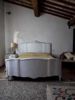 Il Poderino: bedroom.