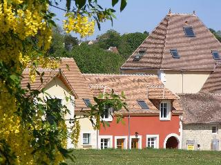 The Stunning holiday home on the golf course - The lovely red one on the right
