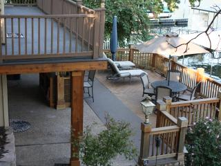 The deck is great for eating, observing kids on the dock, or just reading. Its shaded after 4 pm!