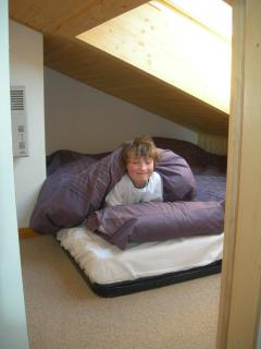Cubby hole - great for children or adventures adults - with 1 double can be split into 2 single beds
