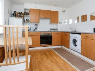 2 bedroomed apartment in Zone 1, Londres