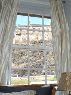 Bedroom with view of Edinburgh Castle.