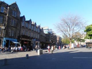 Central Apartment in Edinburgh