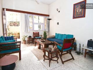 Apartment in Alaknanda, Delhi, Neu-Delhi