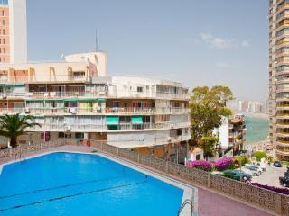Apartamento 2 habitaciones cerca playa con parking, Benidorm