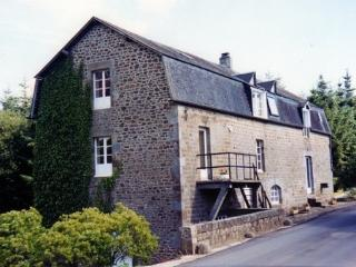 Le Moulin, Saint-James