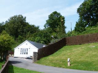 Llety Tyn y Coed, Cosy Lodge nr Cardiff - 94782
