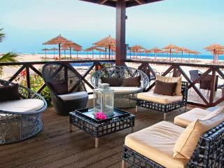 Luxury beachfront 3 bed Villa