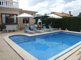 Villa Mercedes, con piscina privada y aire acond., Miami Platja