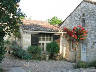 Front entrance of La Vigne