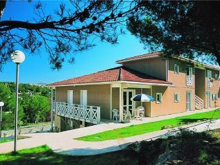 12902-Apartment Carnoux, Carnoux-en-Provence