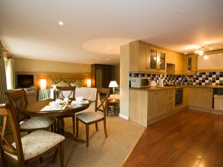 Mulberry Apartment at Yewfield, Hawkshead