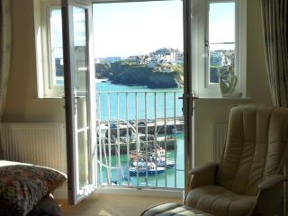 11 Harbour View Newquay