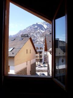 Vista al exterior desde habitación triple
