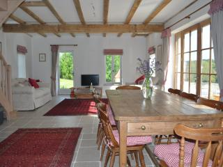 Open plan living in Rose Barn - 48m2