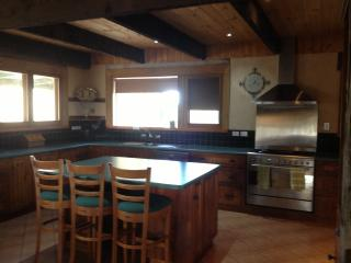 Fantastic kitchen - well equipped and big enough for everyone to get involved