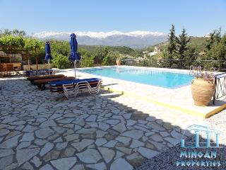 villa amphityonis