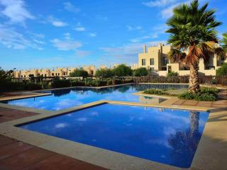 Luxury ground floor pool facing apartment near Murcia