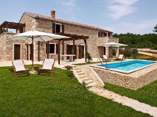 Villa Asparagus