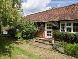 Stable Cottage - Hamptons Farmhouse, Plaxtol