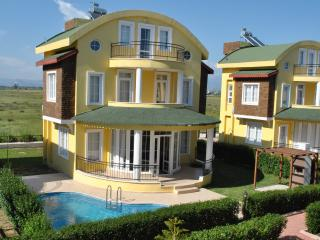 Beautiful Villa Near Pro Golf Courses, Bogazkent