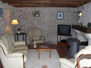 The Lounge, with comfortable leather 3 piece suite