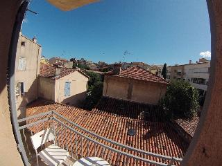 Holiday apartment with balcony in Antibes, sleeps 3