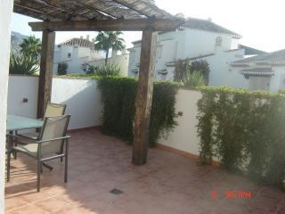 Apartamento con gran terraza, La Herradura