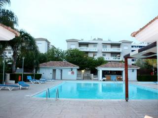 Seaside ultra luxury apt, Limassol