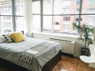 Luxury Midtown Manhattan High Rise, New York
