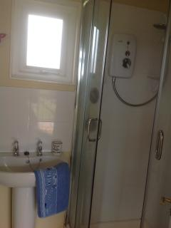 Bathroom has Power shower
