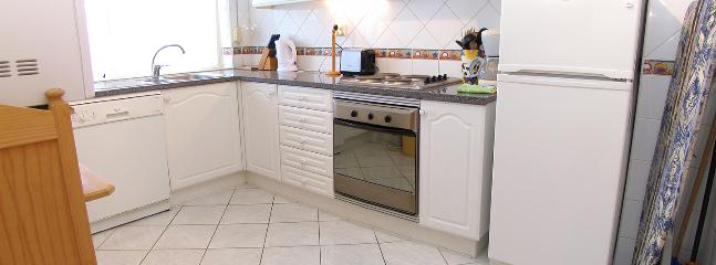 Large fully equipped Kitchen / Utility - Dishwasher, Washing Machine, Fridge/Freezer