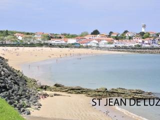 4 bedroom Apartment in Saint Jean De Luz, Biarritz, France : ref 2017821, Ciboure (Ziburu)