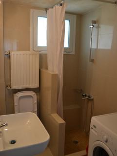 Bathroom-Laundry room