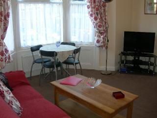 Scarborough 'Castle Haven' apartment sleeps 5