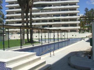 4º piso---6 PERSONAS-PISCINAS-MONTECARLO-GARAJE OPCIONAL, Salou