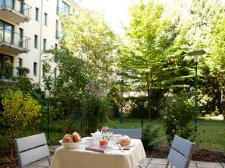 Lovely garden apartment in the city - 2130, Viena