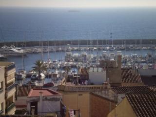 Casa con piscina compartida al lado de la playa y Barcelona