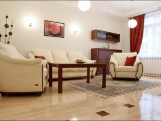 Spacious Apartment for 6 Persons in Ochota District - 5935