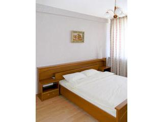 1 bedroom apartment in central Moscow - 682