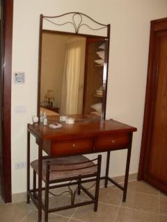 dressing table in main bedroom