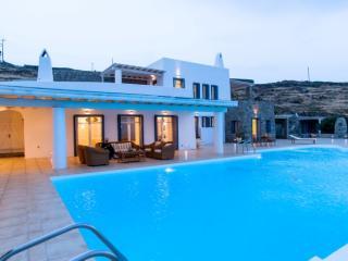 Villa Alexanthia, Staffed villa, Lia beach, Ciudad de Míkonos