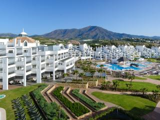 Stunning 4**** Seaview Apartment in Estepona