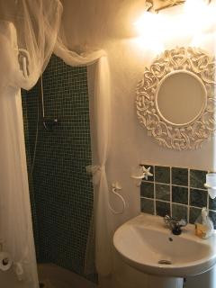 En suite shower room of bedroom 1